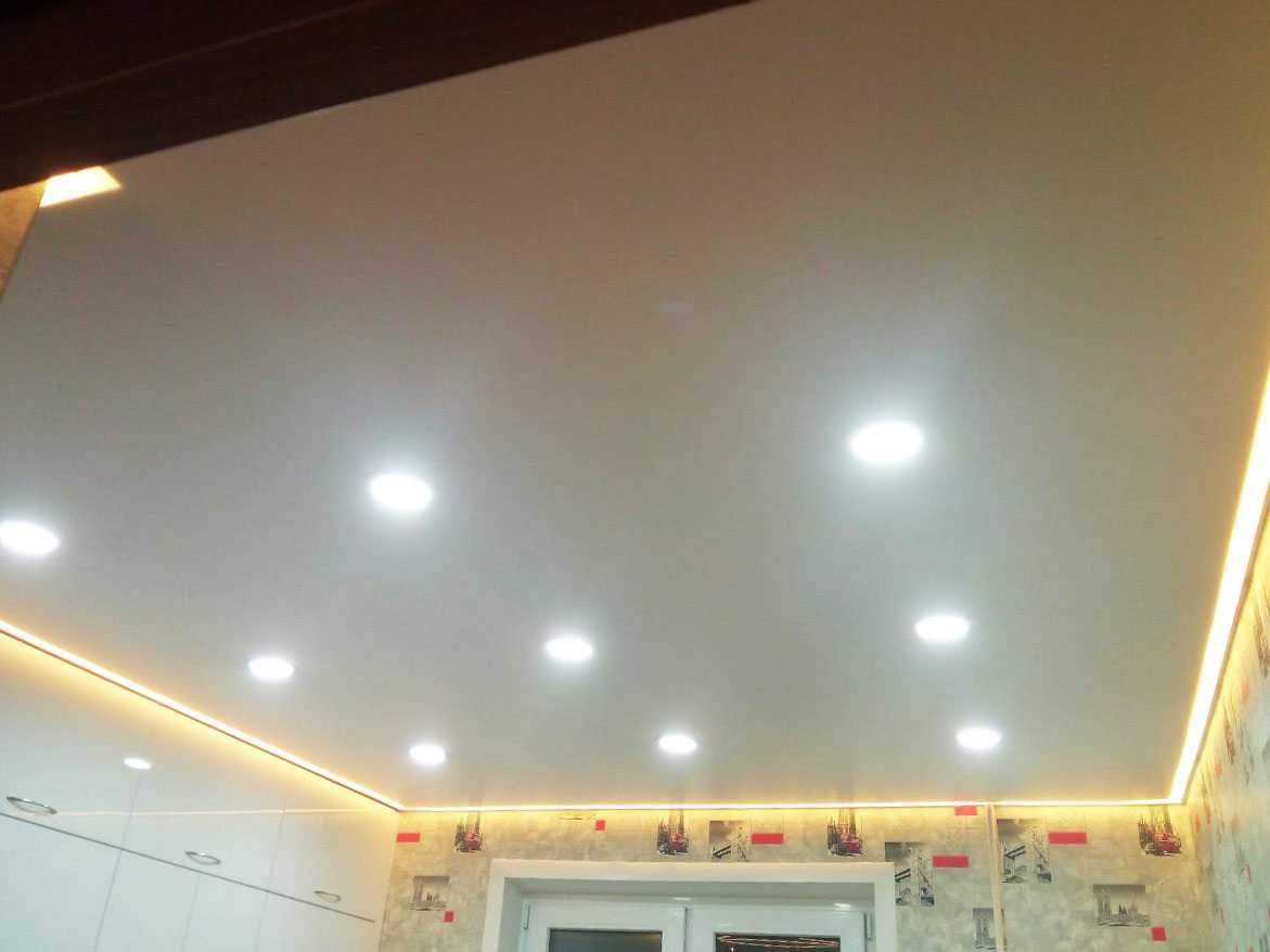 Наши работы: Натяжные потолки Коммунар