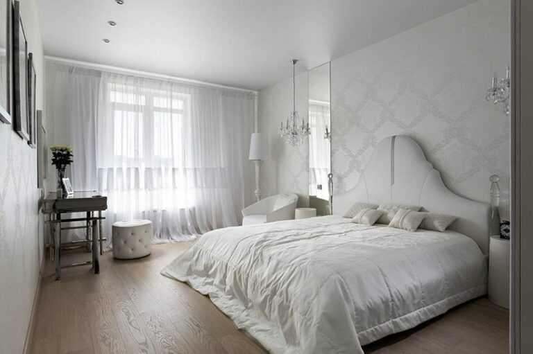 Какой потолок лучше натяжной, подвесной или гипсокартон?