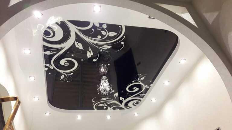 Двухуровневые натяжные потолки СПб