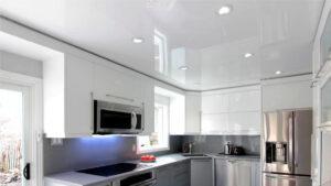 Натяжные потолки на кухню в Твери